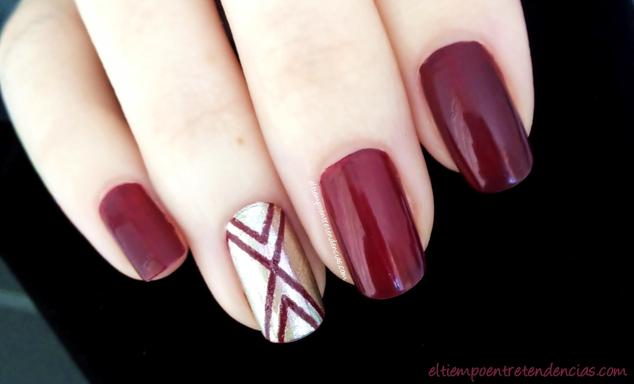 Manicura de uñas festiva - El tiempo entre tendencias