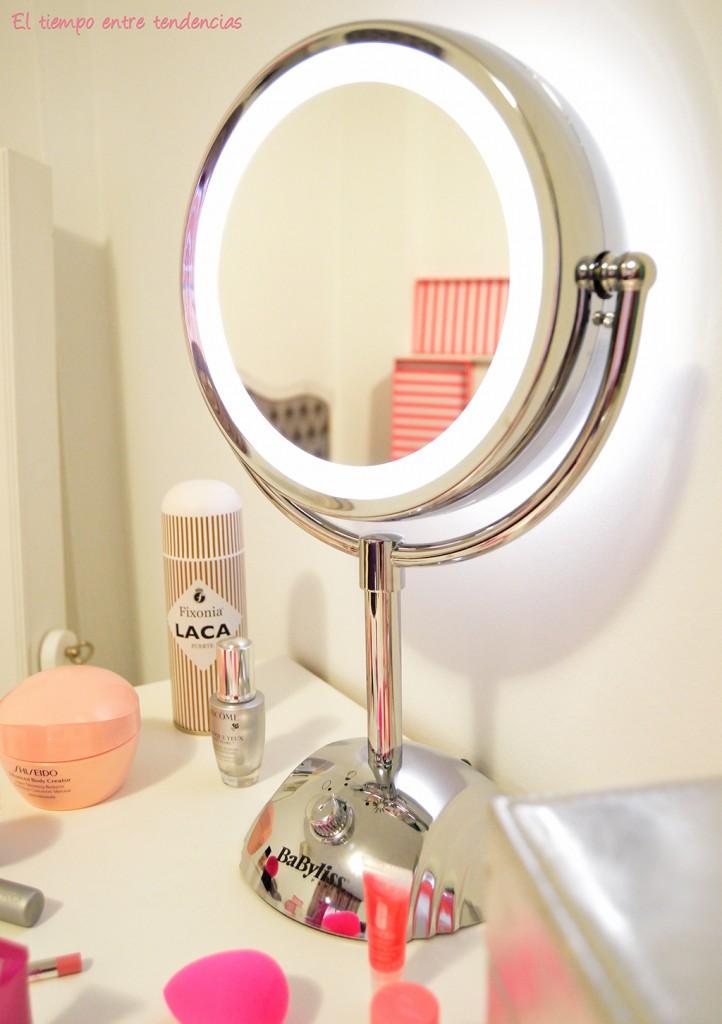 Espejo con luz babyliss el tiempo entre tendencias for Espejo 8 aumentos